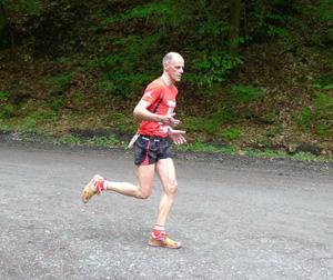 Thomas auf der Strecke über 10 Meilen (16,2 km)